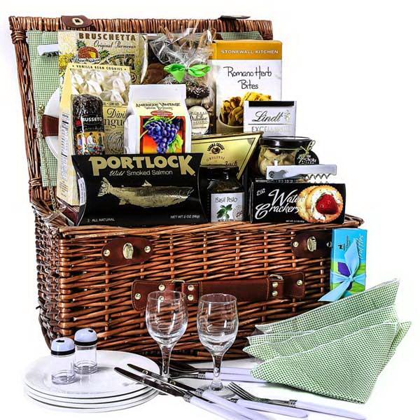 gourmet picnic baskets